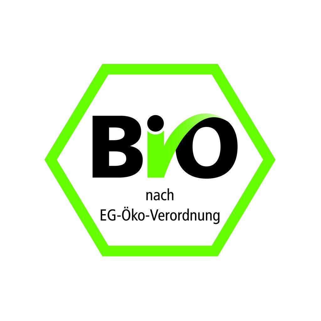 Für unsere hausgemachten Produkte verwenden wir ausschließlich Bio-Milch und Bio-Ei. Je nach Angebot und Saison verwenden wir weitere Bio-Zutaten. Bio-zertifiziert sind wir durch die Kontrollstelle DE-ÖKO-013.